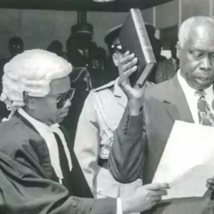 Late Daniel Moi taking oath as the second President of Kenya