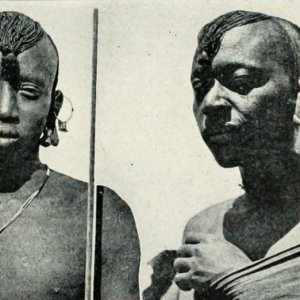 Two Maasai morans photographed by American Paul L. Hoefler in 1928.